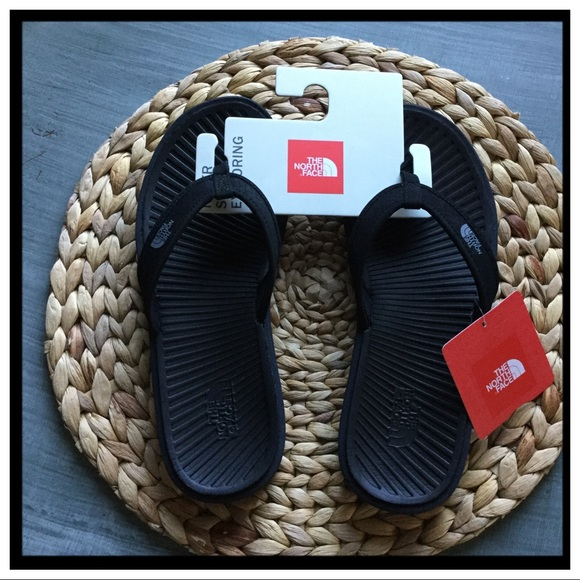 0eb0ad973 NWT The North Face Basecamp Thong Sandals NWT